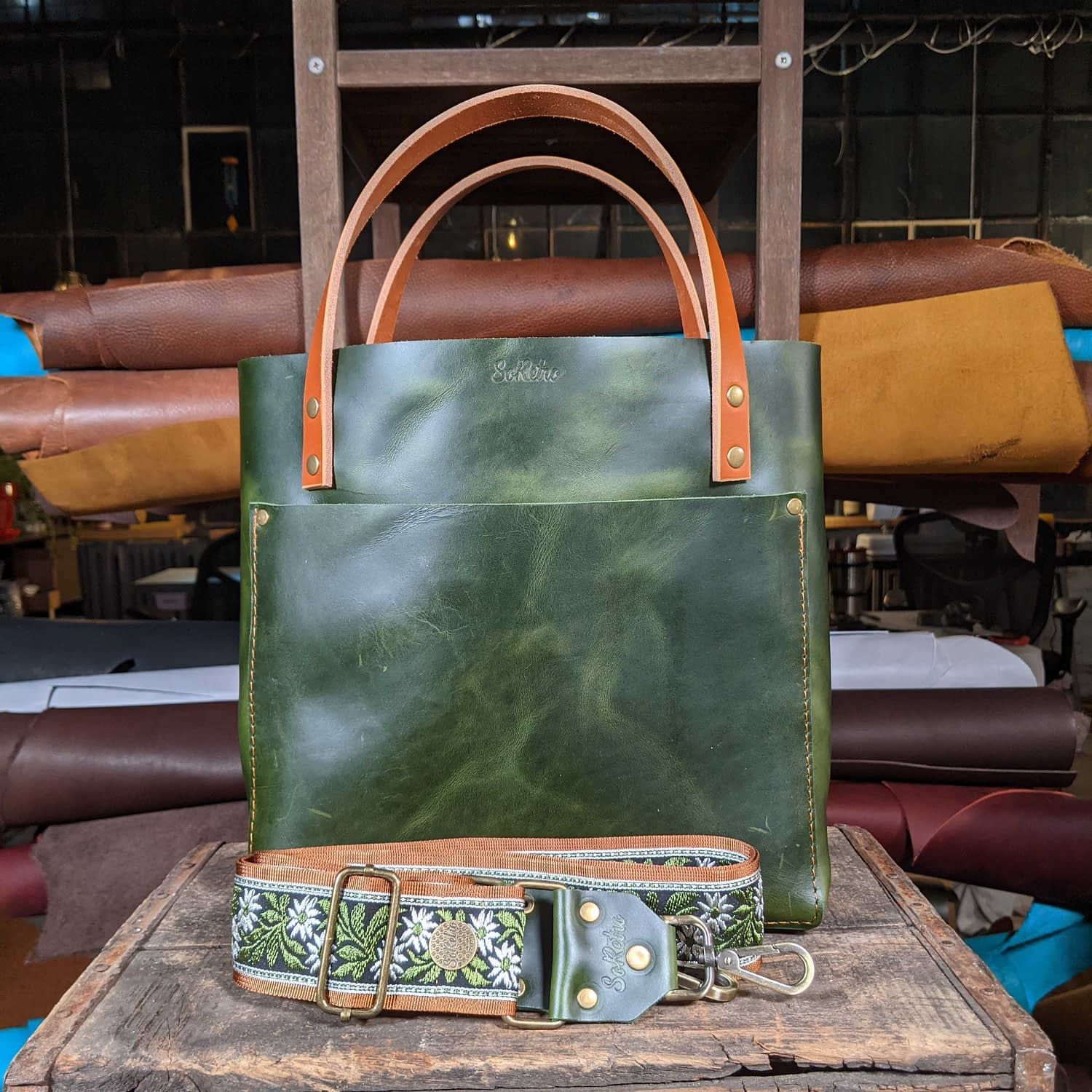 SoRetro FYG Leather Crossbody Tote - Emerald City with Olive Daisies on Copper